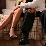 Ученые связали проблемы наработе ссупружеской неверностью