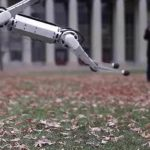 Четвероногого робота научили делать сальто назад: опубликовано забавное видео