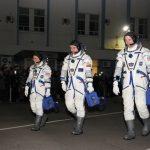 Космонавтов лишают традиции Гагарина: скафандры сделали без ширинки