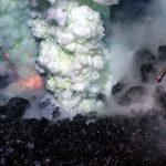 Ученые: подводный вулкан может выпускать ядовитые газовые пузыри диаметром до440 метров