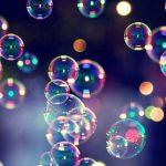 Пузыри плывут по течению